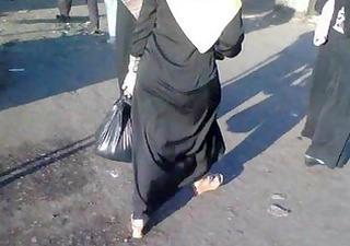 arab street voyeur - big butt candid - spying