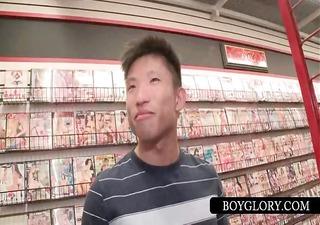 asian receives homosexual knob sucked on gloryhole